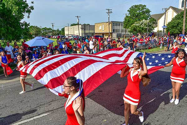 Irving Fourth of July Parade 2018 Volunteers Needed!